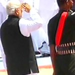 PM Modi pays final tribute to Kalam. Follow live updates: http://t.co/8Akh7Y4r94 http://t.co/bDY0Oifo2v