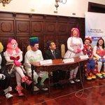 Reunión de emergencia de ministros para resolver problemas de la delincuencia en el país #Cacerolazo http://t.co/i6q4YjaJOA