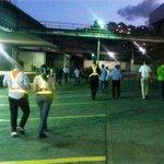 Reportan desalojo de galpones de Polar en La Yaguara, Caracas - http://t.co/tmyoTapbyY http://t.co/n3JGKjkoNc