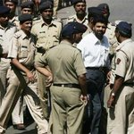 This morning, Yakub Memon became the fourth death row convict to be hanged since 2000. http://t.co/PZmf346AYd http://t.co/eJKaxmemxU