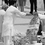Congress VP Rahul Gandhi pays last tribute to former President APJ Abdul Kalam at Rameswaram http://t.co/noZkZ1DosJ