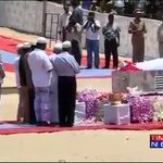 Family, friends & acquaintances of former President Dr APJ Abdul Kalam pay their final respects http://t.co/AsVPrCGuwE