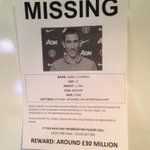 SPOTTED: These posters have been found around Manchester today after LVG revealed he doesnt know where Di Maria is. http://t.co/KRyMDdHf9I