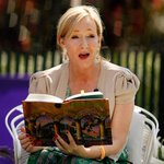 #NewHarryPotterBooks make people angry http://t.co/8mAzE0TL4f http://t.co/lqHVr6Y3K7