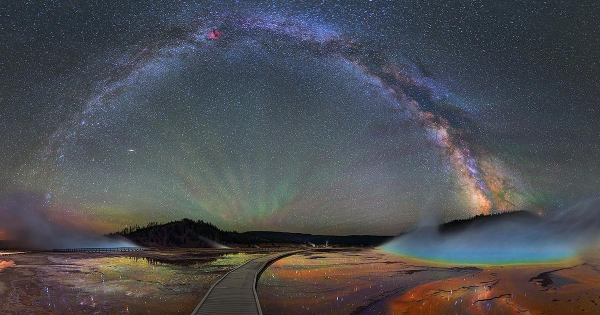 Wow! MT @boredpanda: The Milky Way Over Yellowstone National Park