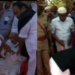PM @narendramodi touches feet of late President Kalams 99-year-old elder brother. (Pics: ANI) http://t.co/X9t9DvjM5k