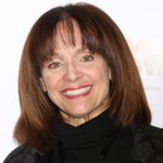 Valerie Harper was rushed to the hospital before a performance last night: http://t.co/sBS6YSxtar http://t.co/jxd9CBMXp2