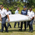 Debris that washed up on Reunion Island may belong to the missing Malaysia Airlines jet: http://t.co/WOeftpdQQw http://t.co/9NUZmsiI6f