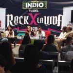 Ruda de prensa @Rockporlavida de @MAXIMA1067FM @Tavaresmaxima http://t.co/zs6XvlkE58