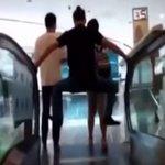 El pánico a las escaleras mecánicas se desata en China tras la muerte de una mujer ► http://t.co/c8zKeZVLy9 http://t.co/0c0uDbW9ps