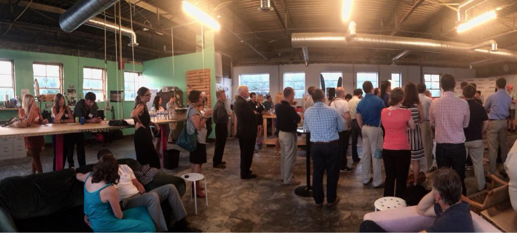 Checking out the #startup scene in #Baltimore tonight @StartUpSoiree. Great crowd, needs more food entrepreneurs!