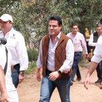 Con mucho gusto acompañe al Gobernador @AristotelesSD a la entrega de #PisoFirme en La Cofradía.#JaliscoEstaCambiando http://t.co/GLazj5EX8k