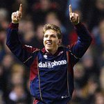 @SkySports smallest man on the pitch scoring 2 headers past Man United in a 3-2 Boro win at Old Trafford #PLmoments http://t.co/Nksn9whb39