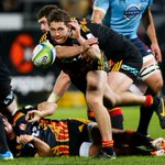 Chiefs re-sign Tawera Kerr-Barlow for at least the next two #SuperRugby seasons http://t.co/k6sE4pNrs7 http://t.co/s0Hjgx4SaS