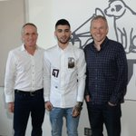 Welcome to the #RCAFamily @ZaynMalik! http://t.co/VbA9OOq9Rg