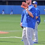 tycamp05: RT Royals: Joining his new #Royals teammates today, Ben Zobrist warms up. #ForeverRoyal http://t.co/a8izBaW3D0