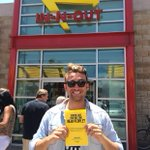 .@austinmay is feeling the love in #LosAngeles today. Share your #MingleMoment with us! #InNOut http://t.co/997d1IDtc1