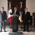 #140de @RobertoLopezJal: El Gob. @AristotelesSD tomó protesta a @hecpizano como titular de @STPSJALISCO. http://t.co/vLVbacb24O