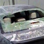 Pensando que era Uber, Taxistas del DF dañaron un auto en el Aeropuerto del DF http://t.co/RVwk6FcyRG http://t.co/3hat8YMoBB