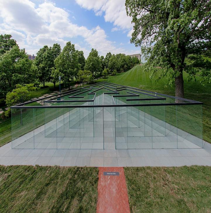 Robert Morris' Glass Labyrinth: http://t.co/EsGlQPX2JJ #NFTO http://t.co/T2QpBHR3TX