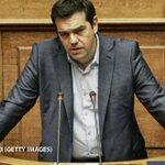 Tsipras plantea una consulta dentro de su partido, Syriza, sobre su liderazgo y el rescate http://t.co/bXRhAeh7UO http://t.co/Nig2cxoZbU