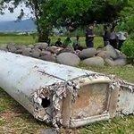 【New】マレーシア航空機、レユニオン島で発見された残骸と型が一致 調査官「強く確信」 http://t.co/8fr9aPWC3B http://t.co/b9YjFUCO5u