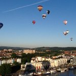Look up #Bristol! The @bristolballoon has launched! More with @thinktwink soon! http://t.co/JZP7S8wy6k