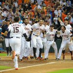 This photo of tonights #Walkoff is everything wonderful. #Astros http://t.co/L6BGO3SCkj