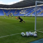 Shooting drills at Madejski Stadium at our Open Day #MyTownMyClub http://t.co/qwtkUPxYu6