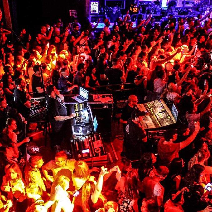 Ayer en el concierto de Daddy Yankee #DaddyYankee #Bilbao http://t.co/l8KBFgIYlK