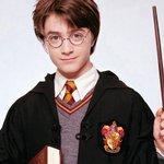У самого Гарри Поттера сегодня тоже день рождения: он появился на свет 31 июля 1980-го http://t.co/pdZ0gKswlC