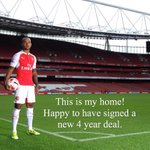 Ready for the season ahead. Thank you to @Arsenal & Key Sports Management. #COYG !!!!! http://t.co/ohb7aE9KLU