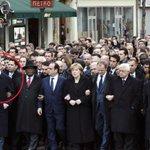 هل سيجتمع هؤلاءللمطالبه بثأر #حرقوا_الرضيع كمااجتمعوا للقتلى الفرنسيين هل سيبكي ملك الاردن وابو مازن على #علي_دوابشة http://t.co/N3k2x5vxkt