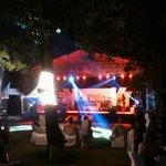 Hiburan - live music di #PBW2015 di kantor ex-karesidenan. http://t.co/OGUOua0AJi