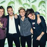 WERE OBSESSED! ???? #DragMeDown @onedirection http://t.co/I5bMxKiE1n