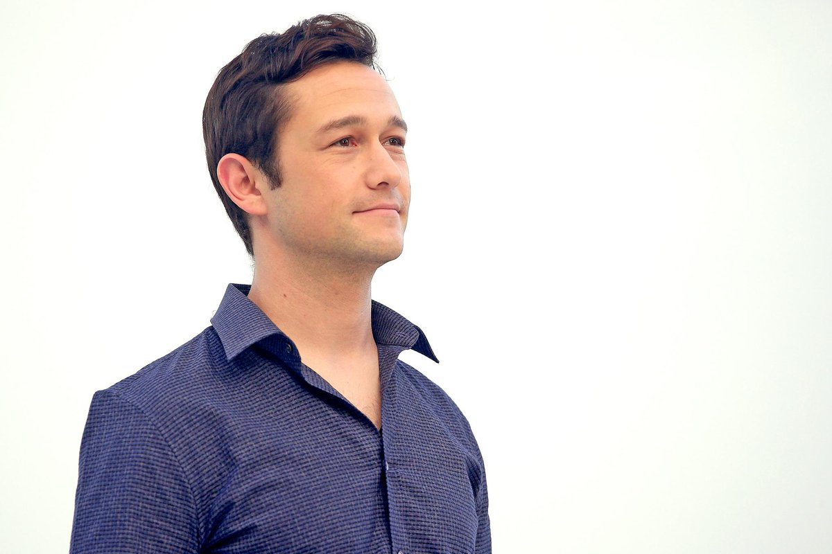 RT @EW: Watch @hitRECordJoe dance around, speak like Yoda and have a blast discovering Snapchat: http://t.co/QY75kx9tR6 http://t.co/tf7IRAF…