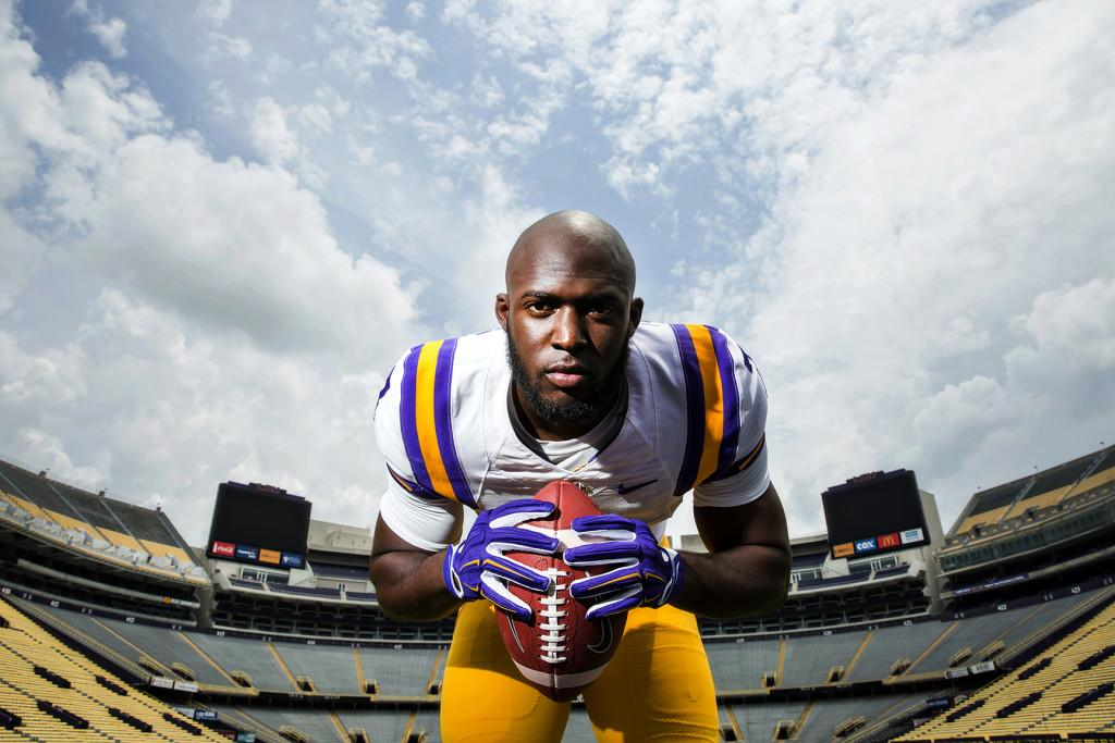 Potential @HeismanTrophy candidate. @LSU Tiger. #NOLA son. Devoted father. And much more. http://t.co/rvenhXMMgK http://t.co/l9ald57Au2