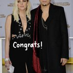 .@ashleesimpson and her husband @realevanross welcome a beautiful baby girl to the world! http://t.co/zdwR0IrbgQ