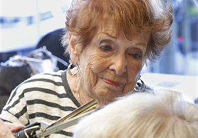 #FeelGoodFriday: Salon hires 94-year-old stylist.   This story gives us the warm fuzzies >> http://t.co/R13HbddtOh http://t.co/HfaMtNhaof