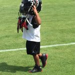 Looks like @D_Hest23s son wants to follow in dads footsteps #RiseUp http://t.co/kdOyO9m4C1