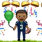 Congrats to @DangeRussWilson on his new deal! We wont have to update this emoji for four more years. http://t.co/a7ni1yxuwS