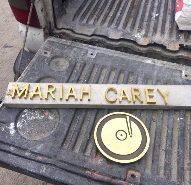 Sneak peek @MariahCarey! Spell ✔️ A➕ http://t.co/oMPw9Kw358
