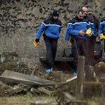 22 tombes profanées en Isère, aucune réaction du ministre de l'Intérieur >> http://t.co/W3BDfqeze7 http://t.co/rgzsGgQwVY