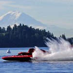 The hydroplanes are out on the course gearing up for #Seafair (@Gilbertphoto) Weekend info: http://t.co/MFaOVqKYaN http://t.co/5Bz5ZekC1V