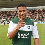 #Pompey in talks with Plymouth Argyles striker Reuben Reid. Understand at Blues training ground today. #PUP #PAFC http://t.co/H3s2twAxze