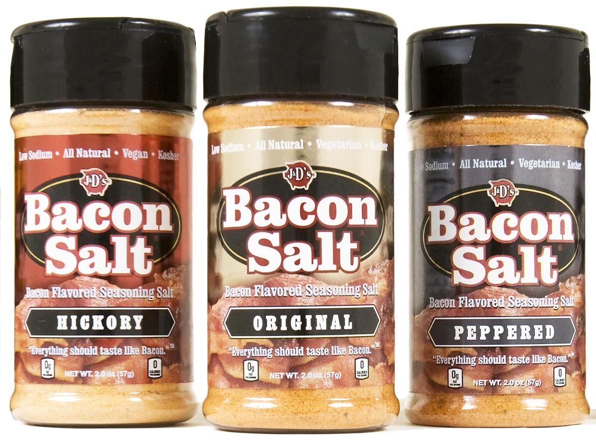 FREE FRIDAY! Giving away multiple Ultimate Bacon Lover's Gift Packs. RT for your chance to win. http://t.co/87Irzcey2V