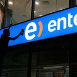 Ganancias de #Entel se habrían desplomado por operación peruana, según sondeo ► http://t.co/CfYVvf0IMT http://t.co/GxZtWCidWG