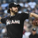 Reports: #Cubs acquire right-hander Dan Haren from Marlins http://t.co/zsyiepT5lo http://t.co/wkTa4s9ayn