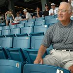 Former White Sox great Billy Pierce dies at 88 http://t.co/0p6lMeBbff http://t.co/jou8sjn0vv