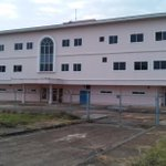 @AlvaroAlvaradoC sigue sin ser de utilidad este edificio que debió reemplazar al Centro de Salud de Chorrera. http://t.co/6P7h8JO5zy